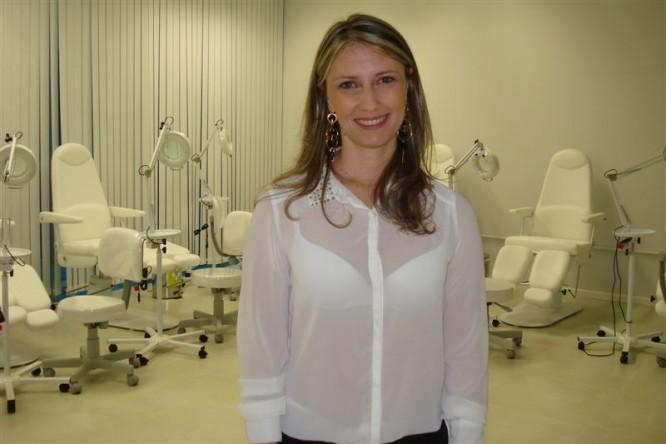Como livrar-se de tumores gordurosos e cravos de cara